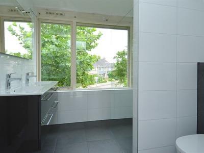 Weezenhof 2038 in Nijmegen 6536 JN