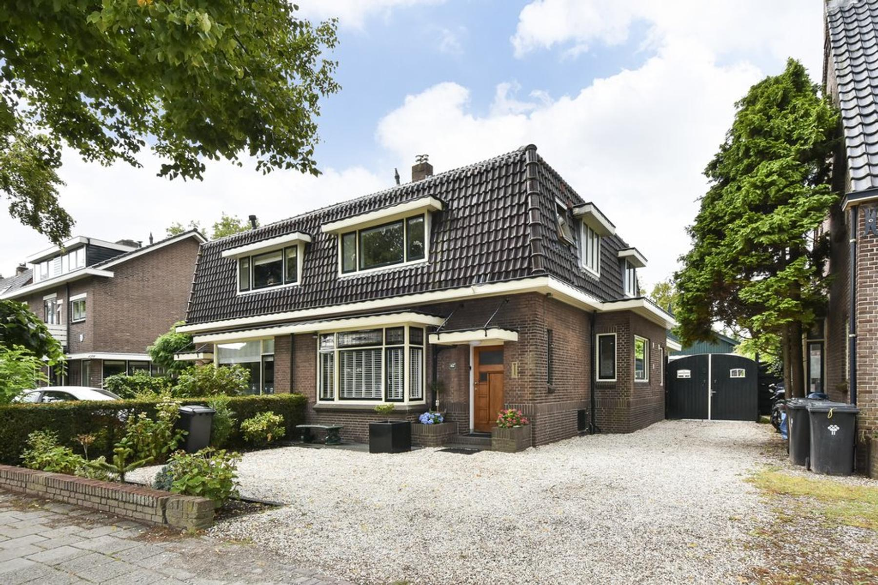 Eerste Stationsstraat 142 in Zoetermeer 2712 HL