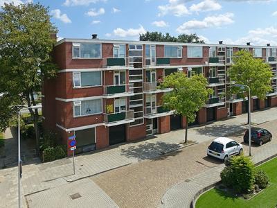 Maasstraat 30 in Almelo 7607 PG