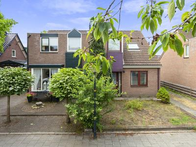 Abrikozenweg 27 in Apeldoorn 7322 JZ