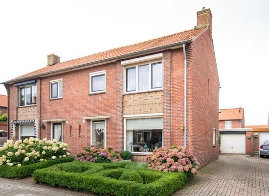 Prins Mauritsstraat 10 in Rijssen 7462 GB