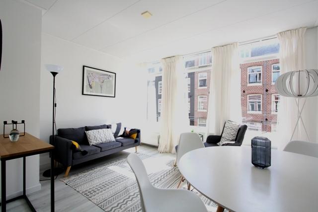 Van Hogendorpstraat 98