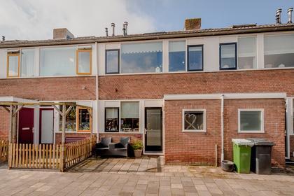 Conradstraat 27 in Katwijk 2221 SE