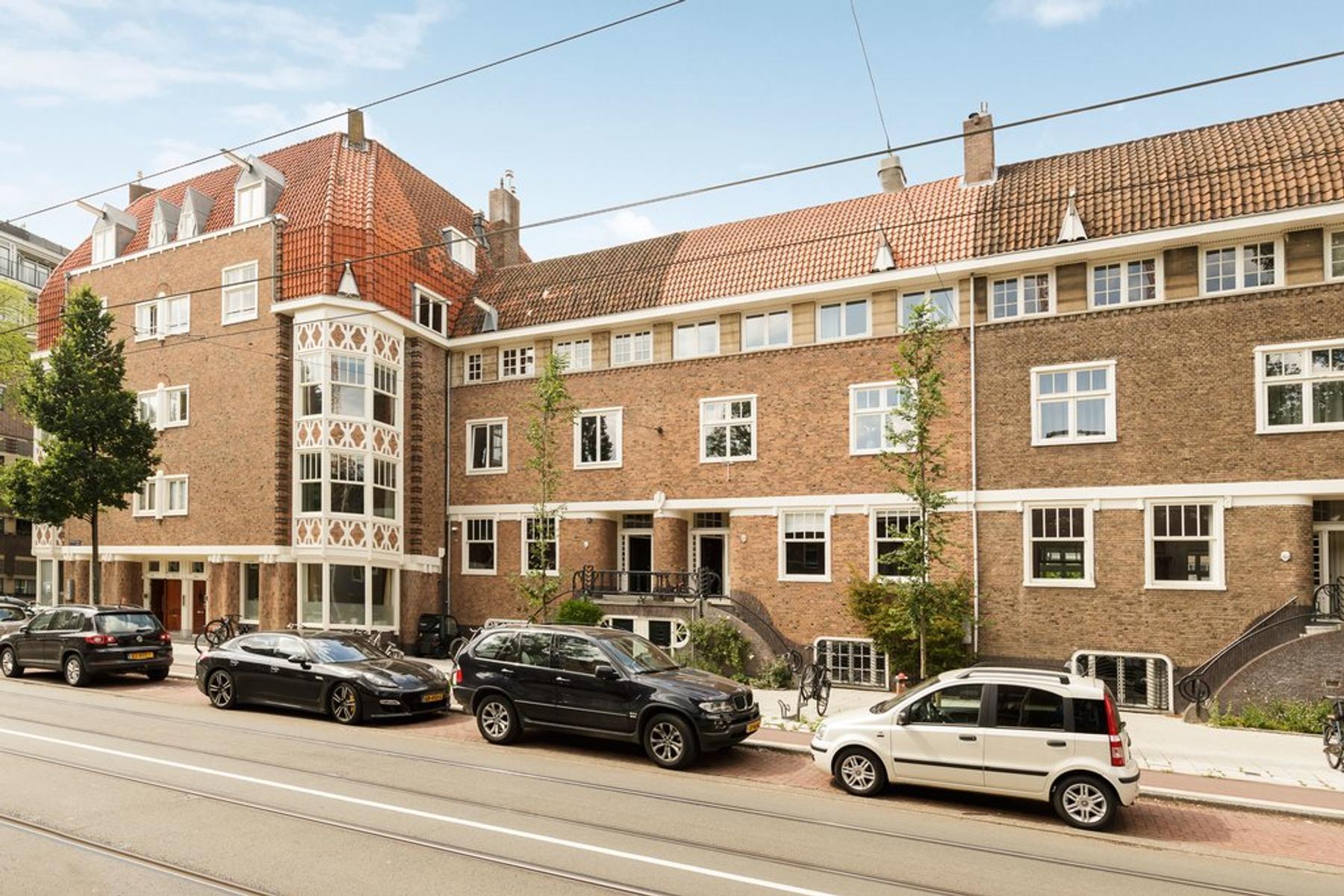 De Lairessestraat 168 -2 in Amsterdam 1075 HM