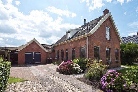 Oude Winsumerstraatweg 5 in Sauwerd 9771 AA