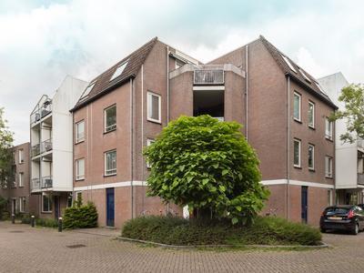 Schelfhorst 69 in Alphen Aan Den Rijn 2402 LB