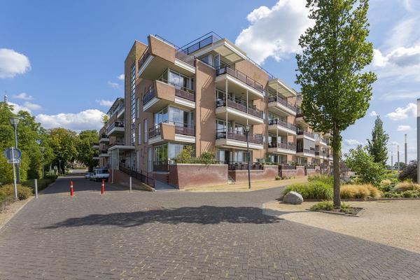 Veerpoortdijk 93 in Doesburg 6981 LA