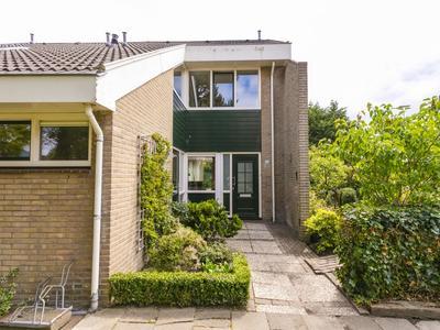 Dokter W Nijestraat 46 in Spaarndam 2064 XD