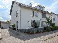 Wilhelminasingel 38 in Berghem 5351 CC