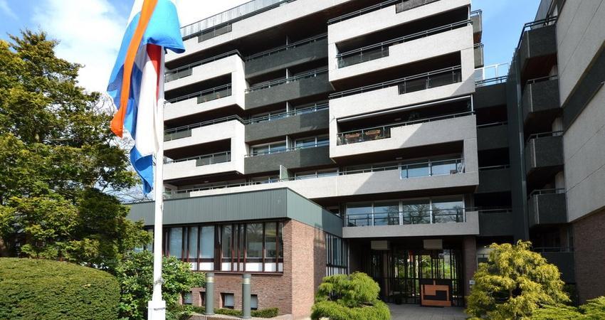 'S-Gravelandseweg 86 28 in Hilversum 1217 EW