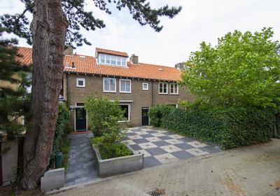 Wilhelminaweg 50 in Zandvoort 2042 NR