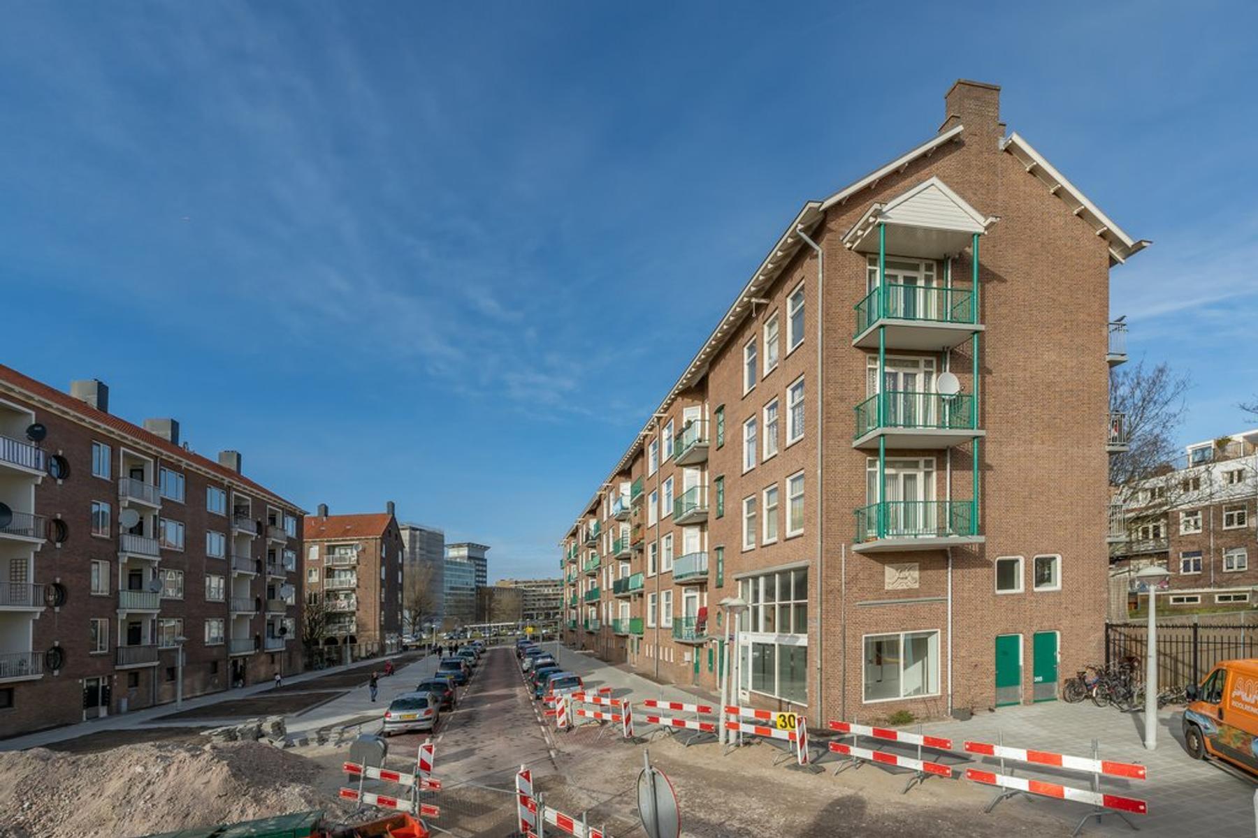Robert Scottstraat 36 in Amsterdam 1056 AZ