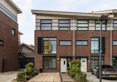 Desertosingel 39 in Capelle Aan Den IJssel 2909 PA