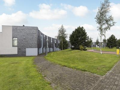Winterpark 10 in Nieuw-Vennep 2152 HA