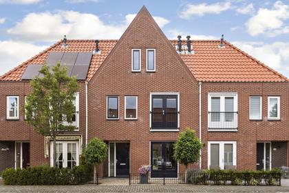 Falstafflaan 27 in Nieuw-Vennep 2152 DK