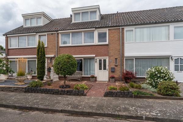 Gouden Regenstraat 26 in Sint-Michielsgestel 5271 JW