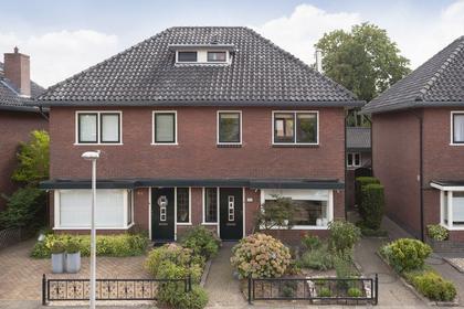 Oldenzaalsestraat 366 in Hengelo 7557 GE