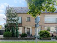 Burgemeester Van Heystlaan 19 in Waalwijk 5142 VT