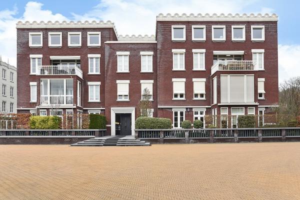 Van Ommerenpark 327 in Wassenaar 2243 EZ