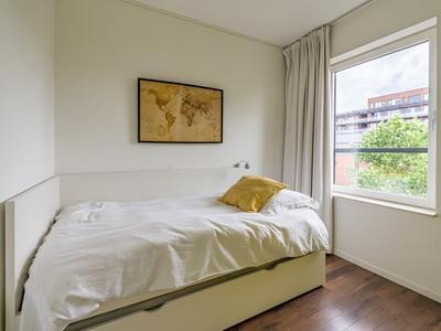 Maria Austriastraat 154 in Amsterdam 1087 EK