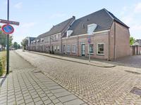 Haven 52 in Geertruidenberg 4931 AH