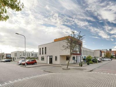 Burg Van Heugtenlaan 18 in Nieuwerkerk A/D IJssel 2911 HA
