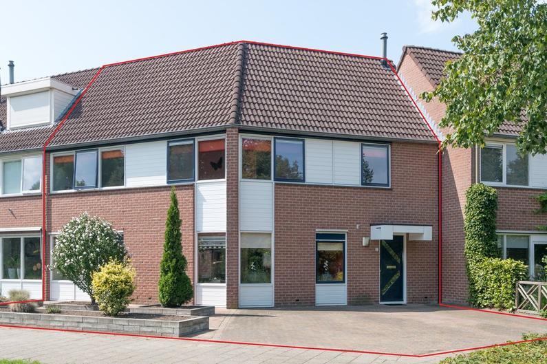 Leeuwerik 52 in Veenendaal 3906 NK