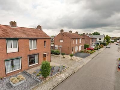 Emmastraat 3 in Linne 6067 GZ