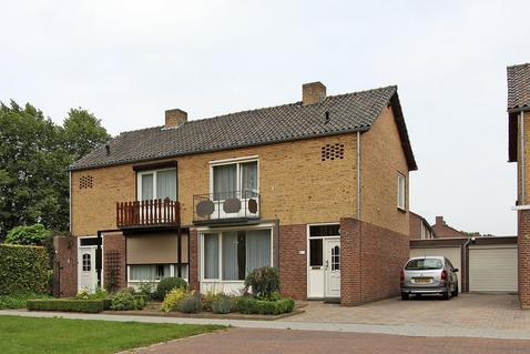 De Keverbergstraat 44 in Haelen 6081 BL