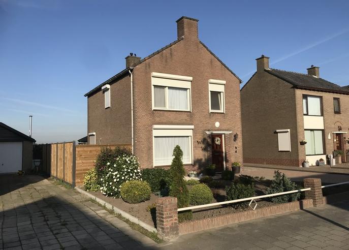 Roosendaalseweg 79 in Kruisland 4756 AA