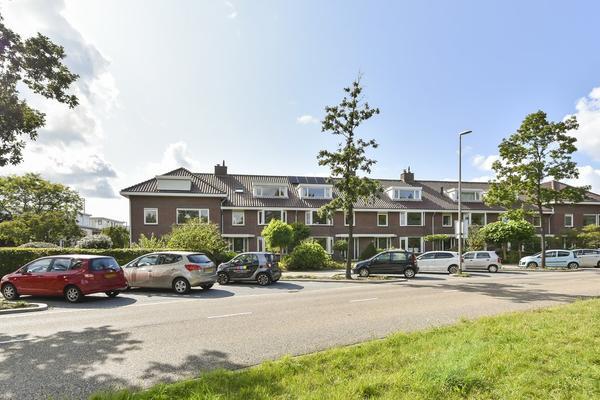 Natuursteenlaan 135 in Zoetermeer 2719 TB