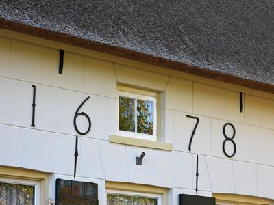 Nieuw-Loosdrechtsedijk 87 in Loosdrecht 1231 KN