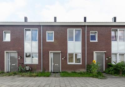Suurhoffstraat 12 in Helmond 5707 JE