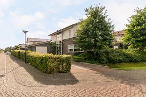 Henkenshagelaan 12 in Roosendaal 4706 VD