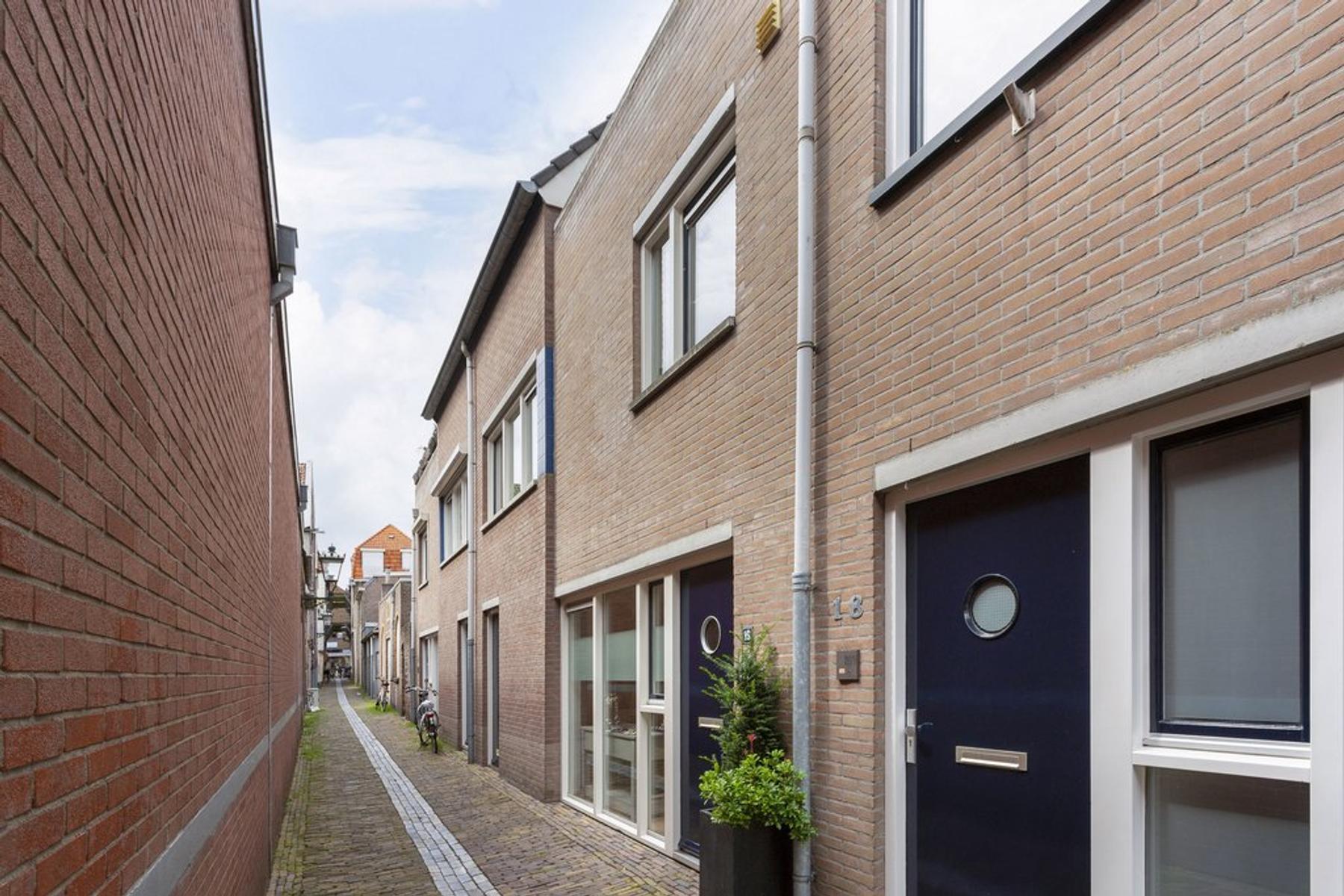 Klokkensteeg 16 in Kampen 8261 AA
