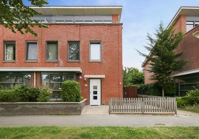 Picassoweg 77 in Almere 1328 KL