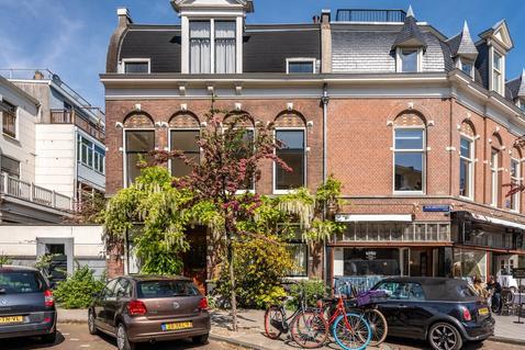 Jacob Obrechtstraat 7 in Amsterdam 1071 KC
