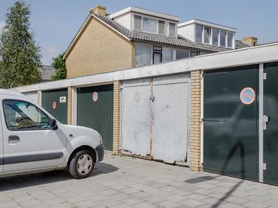 Van Der Waalsstraat 28 in Badhoevedorp 1171 AT