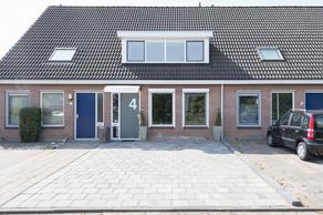 Hildo Kropstraat 4 in Steenwijk 8331 SP