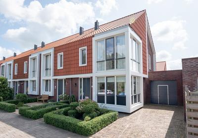 Barnsteen 53 in Hoogwoud 1718 DG