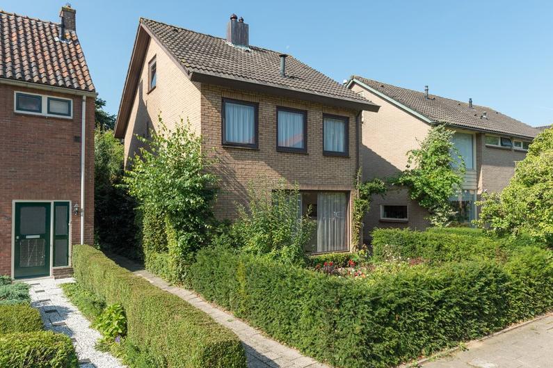 Valleistraat 146 in Veenendaal 3902 ZD