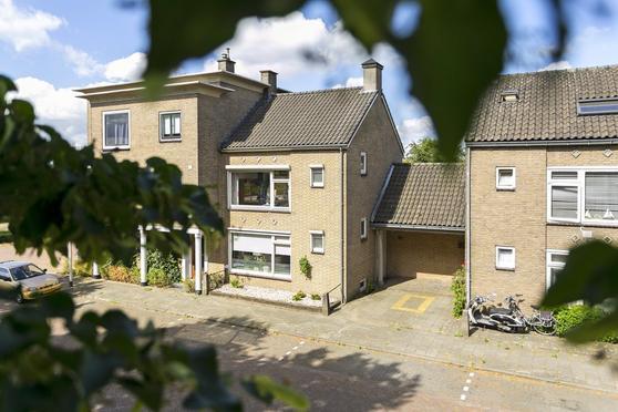 St. Annaplein 11 in Helmond 5705 AP