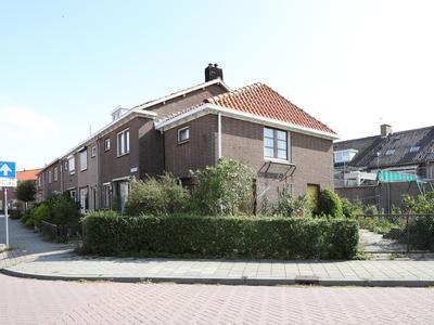 Surinamestraat 2 in Urk 8321 HT