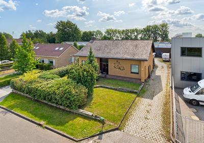 Veenen 2 in Roosendaal 4703 RB