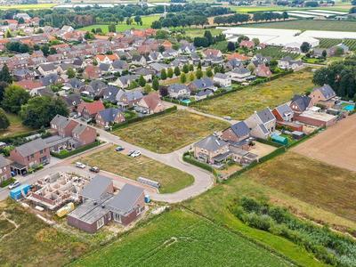 Linderveld 12 in Neeritter 6015 BW