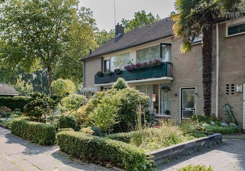 Hertog Albrechtstraat 83 in Bovenkarspel 1611 GC