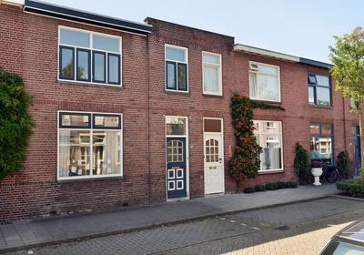 Pastoor Van Eekelenstraat 9 in Bergen Op Zoom 4615 EZ