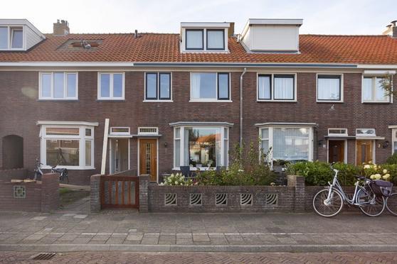Kamperfoelieplein 19 in Katwijk 2225 RP