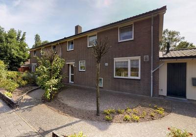 Wilhelminakanaal Zuid 124 in Oosterhout 4903 RA