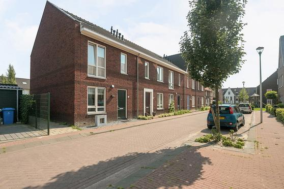 Brink Van Dik Trom 1 in Pijnacker 2641 BS